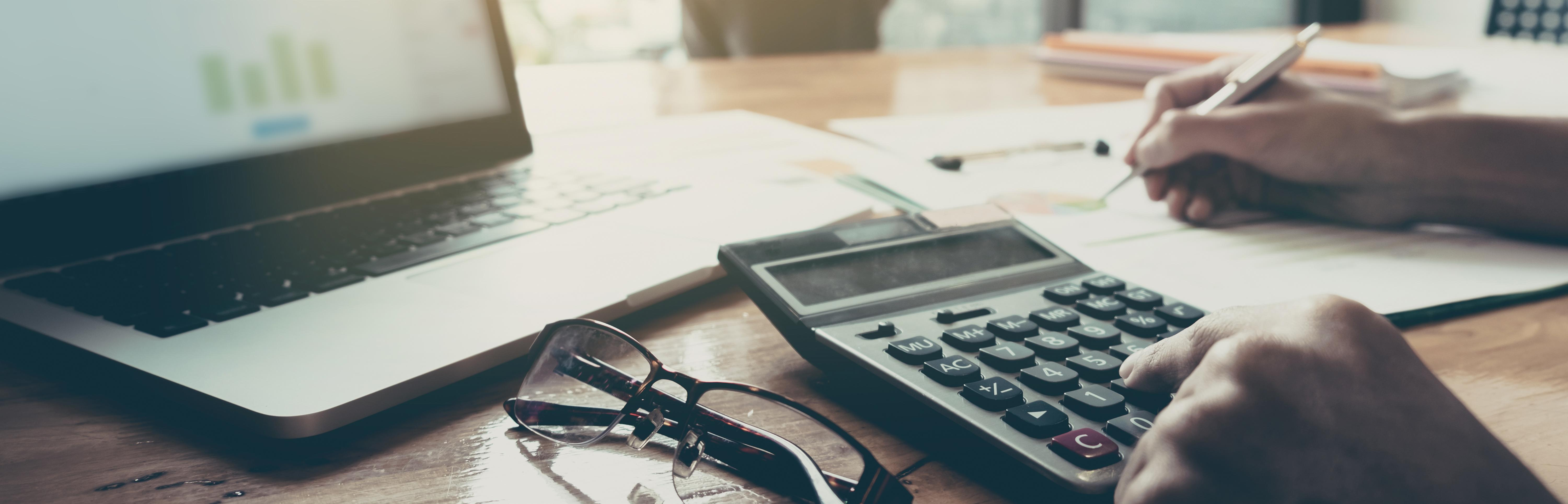 How a Sales Commission Calculator Can Make Compensation Easier