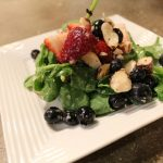 Summer Spinach Berry Salad: 3ten.ca #spinach #berry