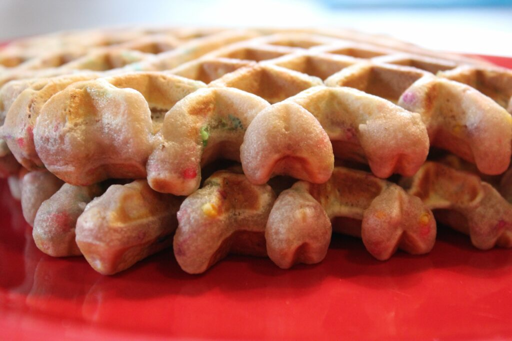 Cake Batter Waffles: 3ten.ca