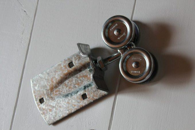DIY Barn Door: 3ten.ca