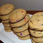 Chewy Chocolate Chip Cookies: 3ten.ca #cookies