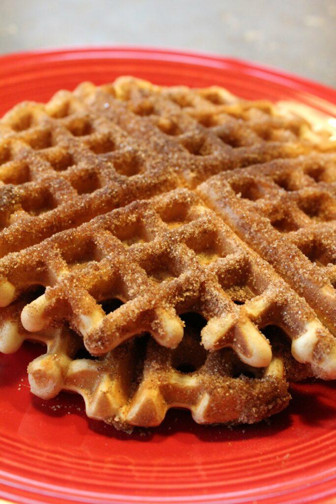 Churro Waffles: 3ten.ca