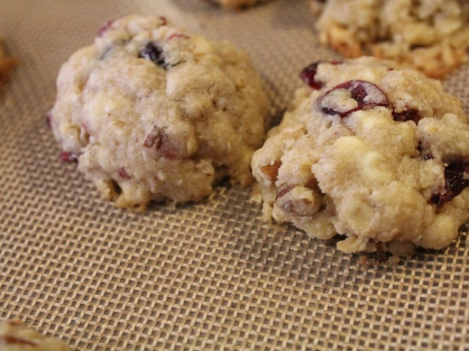 Chewy Cranberry Cookies: 3ten.ca