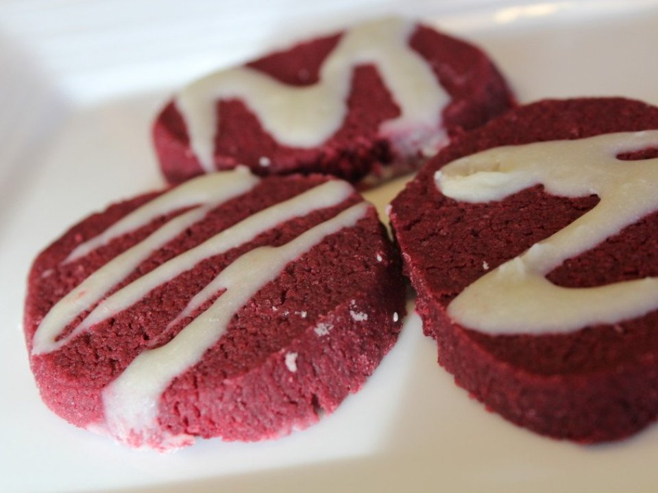 Red Velvet Tea Cookies: 3ten.ca