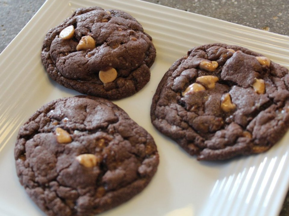 Chocolate Cake Mix Cookies: 3ten.ca