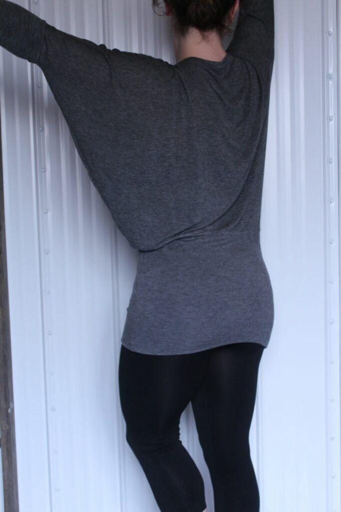 Bat Wing Dress: 3ten.ca #sewing #tutorial