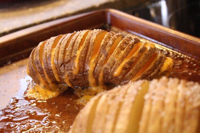 Sliced Baked Potato: 3ten.ca #potato #dinner