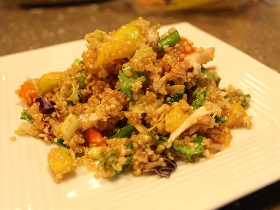Asian Quinoa Salad: 3ten.ca