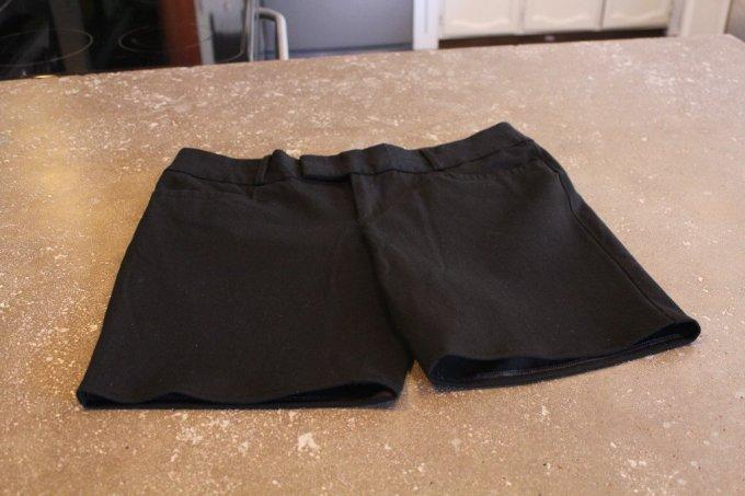Pants to Shorts: 3ten.ca #diy #refashion