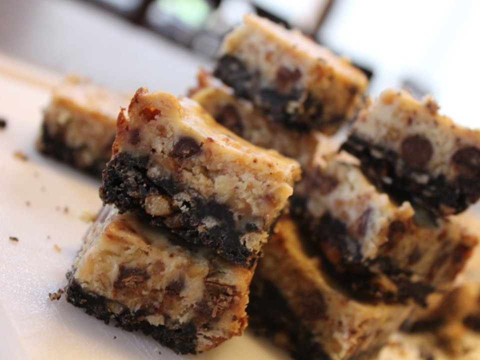 Heath Cheesecake Bars: 3ten.ca