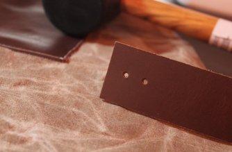 Woodworking Apron: 3ten.ca #diy #waxedcotton