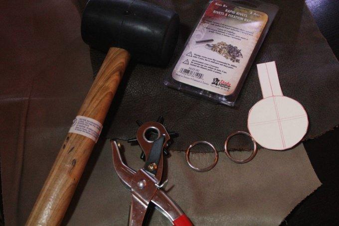 Leather Keychain DIY: 3ten.ca