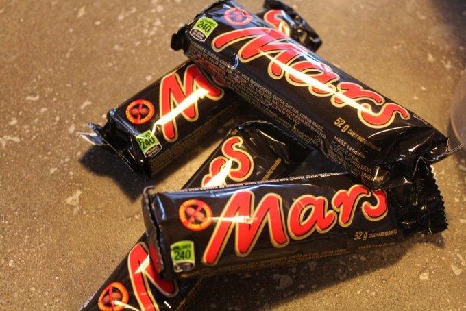 Mars Cookie Bars: 3ten.ca