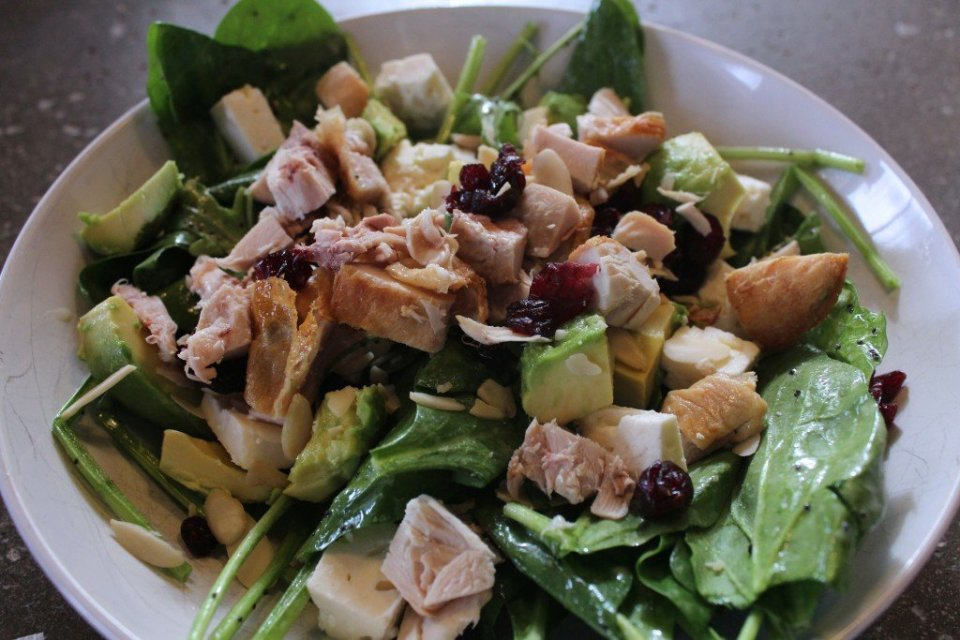 Spinach and Chicken Salad: 3ten.ca