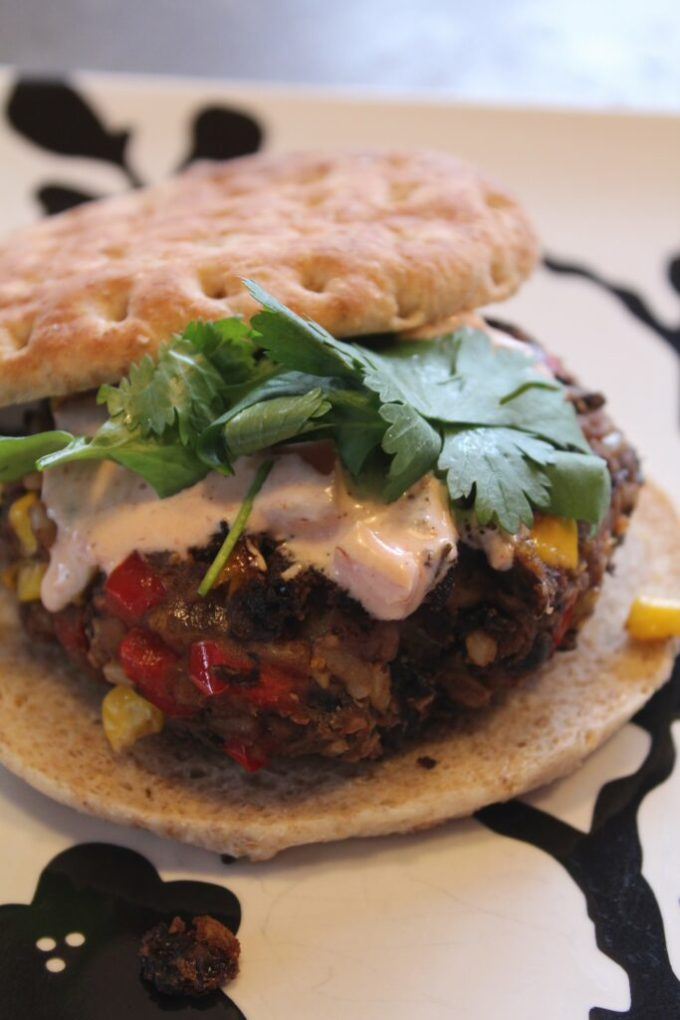 Bean Burgers: 3ten.ca #meatlessmonday
