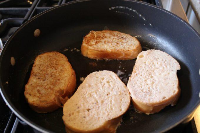 Churro French Toast: 3ten.ca