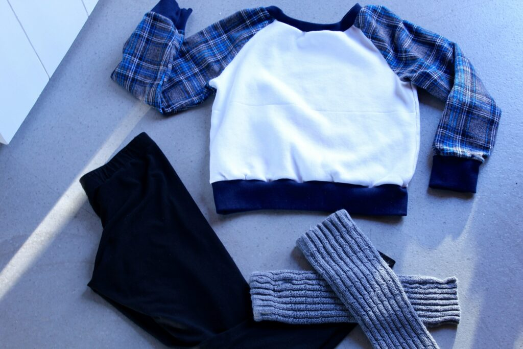 Preppy Pullover: 3ten.ca