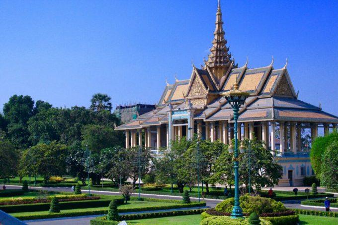 Phnom Penh Snapshot: 3ten.ca