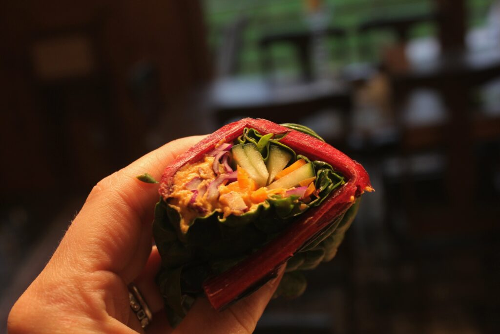 Swiss Chard Hummus Wrap: 3ten.ca