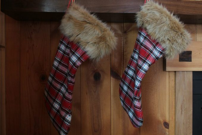 Christmas Stockings and Pillows: 3ten.ca