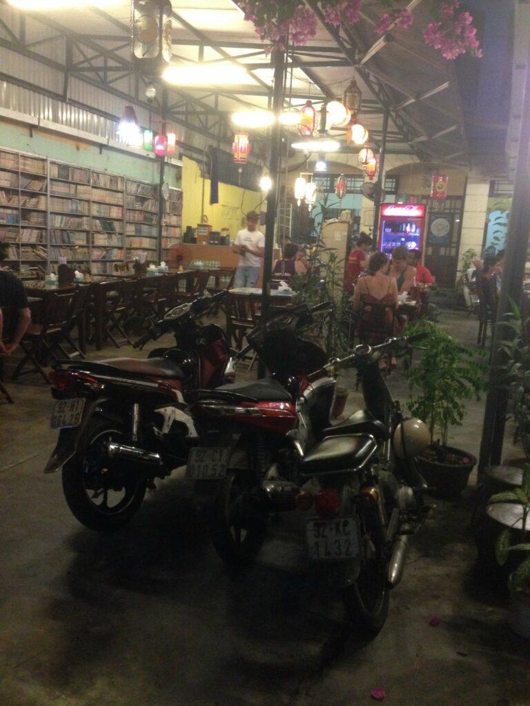 Eats in Hoi An Vietnam: 3ten.ca