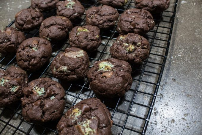 Triple Chocolate Mint Cookies: 3ten.ca