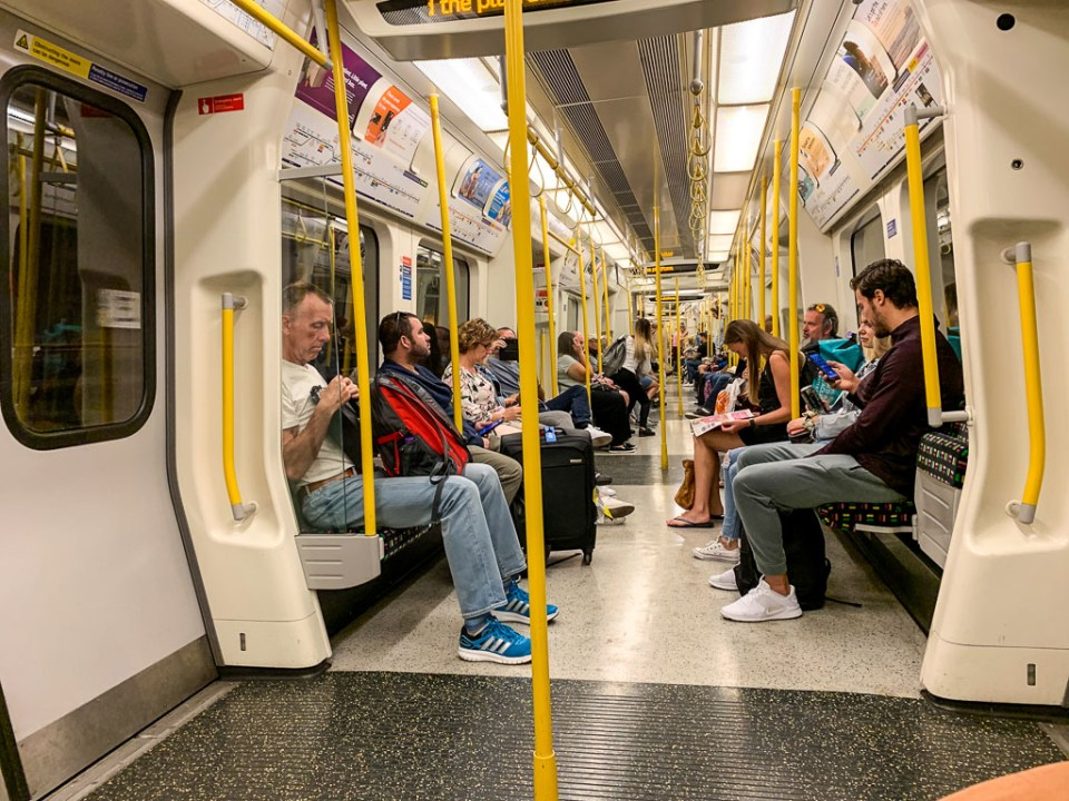 London Tube: 3ten.ca