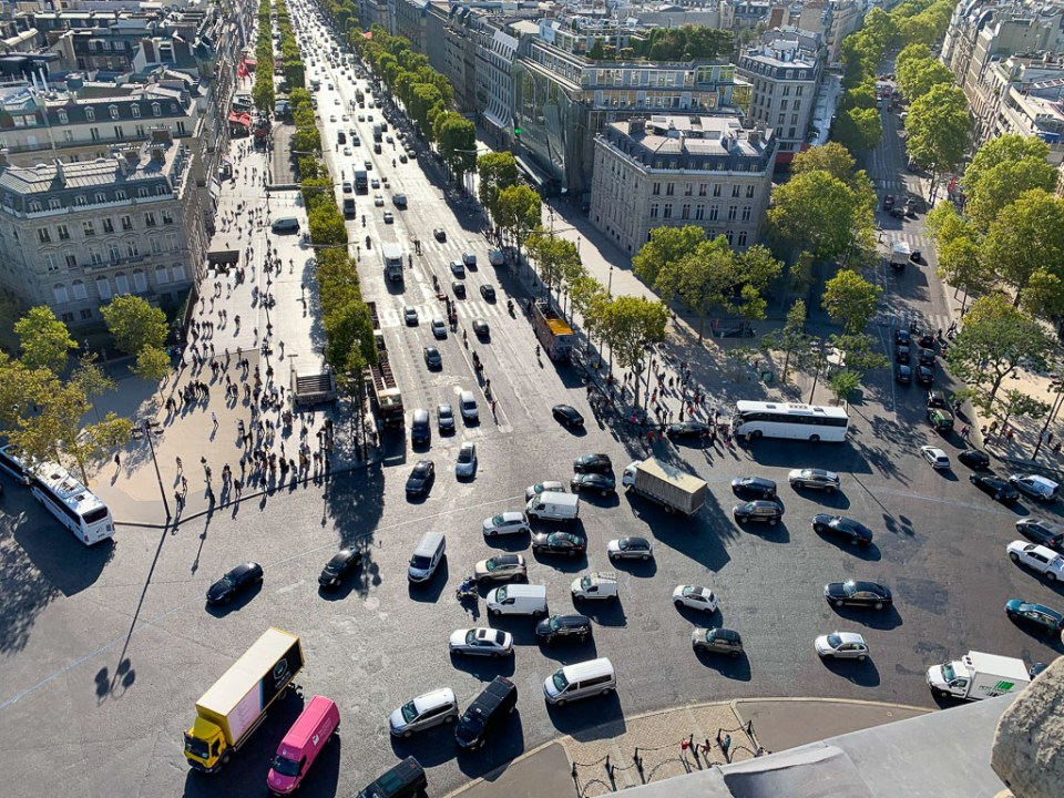 Paris Traffic: 3ten.ca