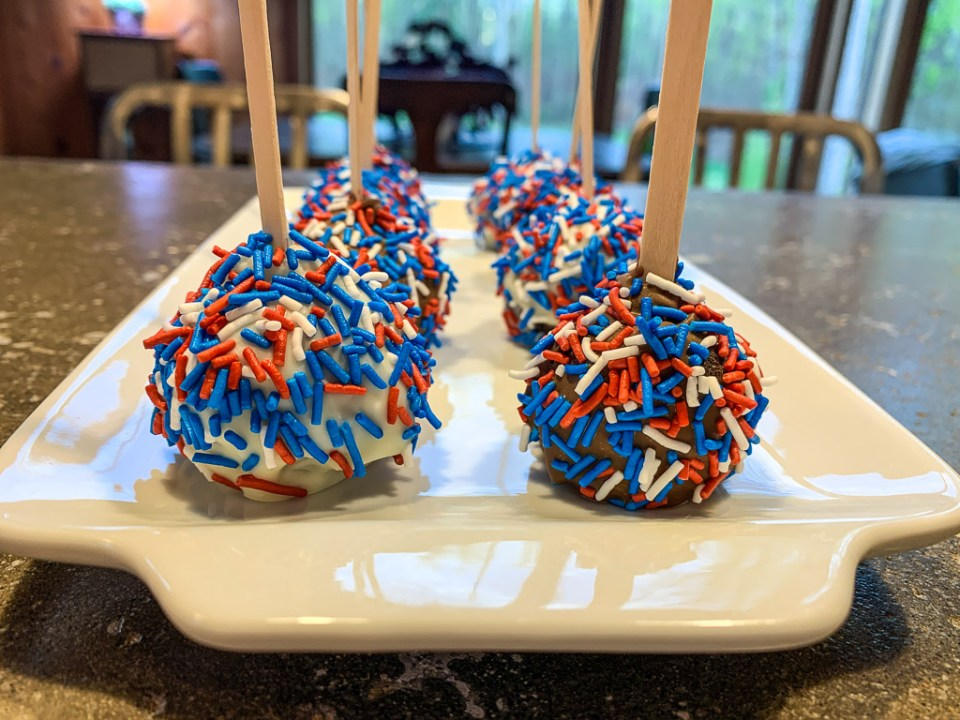 Independence Day Cake Pops: 3ten.ca
