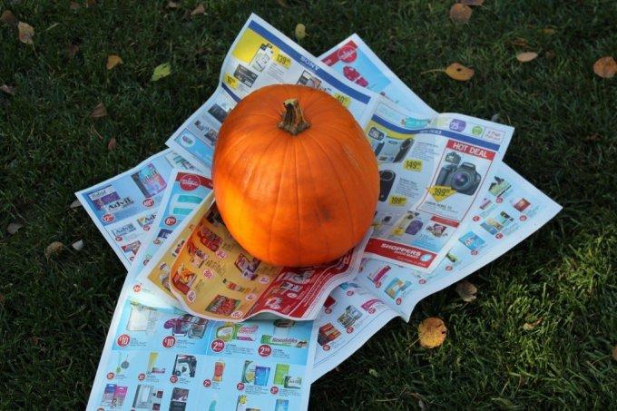 Monogram Button Pumpkin: 3ten.ca