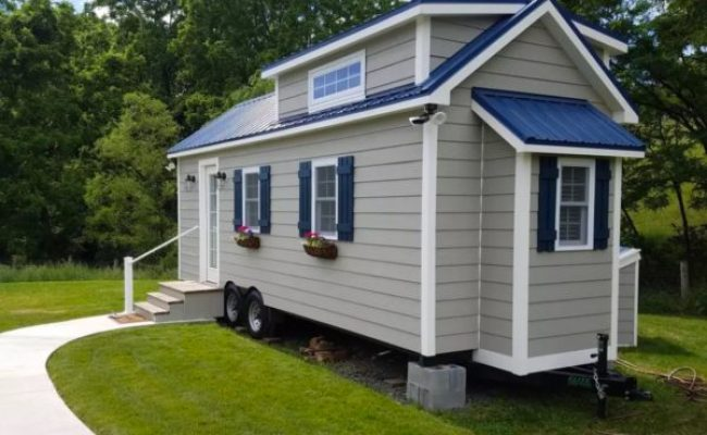 Cozy Tiny House Vacation In America S Coolest Small Town