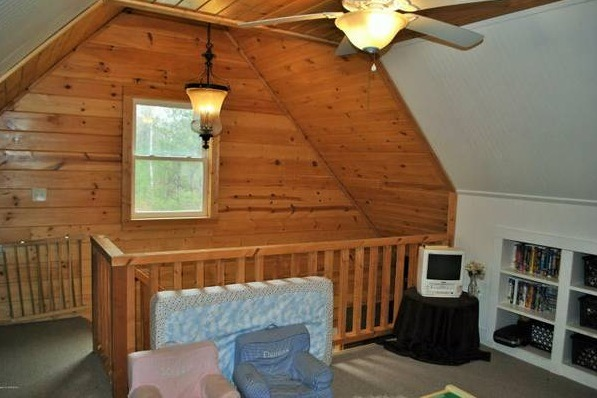 Solar OffGrid Log Cabin on 20 Acres For Sale