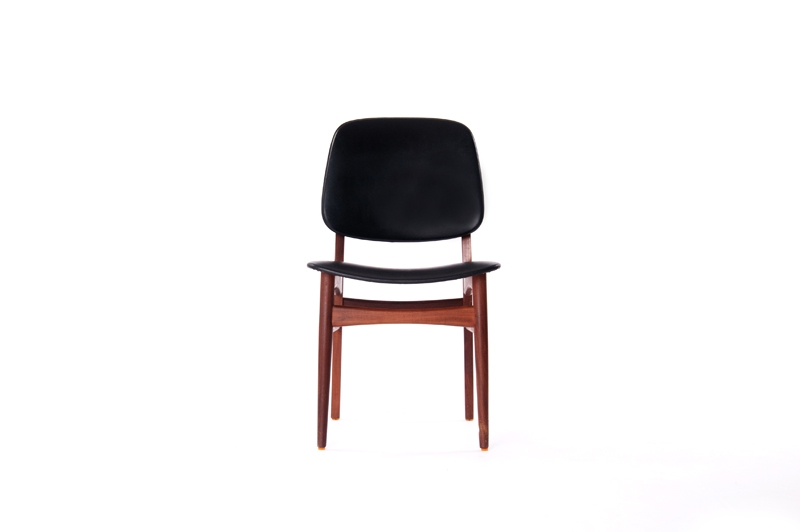 danish modern dining chair bamboo mat chairs teak classics material s black leather dimensions 19 w x 20 5 d 33 h product id 3326 categories seating archive