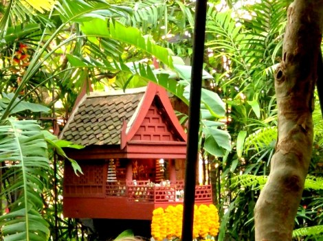 The 'Spirit House' in the courtyard, in accordance with Thai tradition