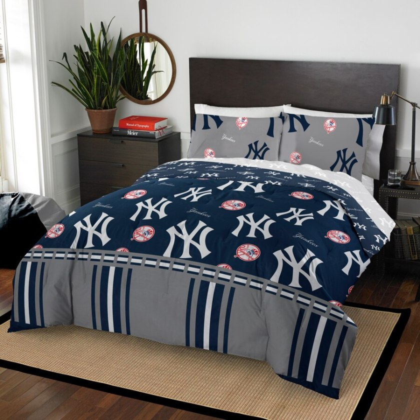 Yankees Bedding - Twin and Queen Size