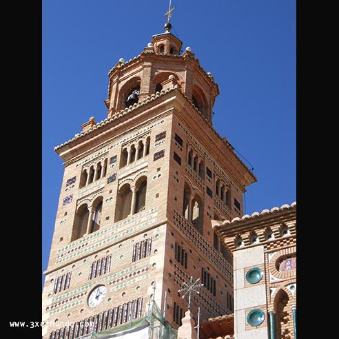 torre de la catedral de Santa María de Mediavialla Teruel