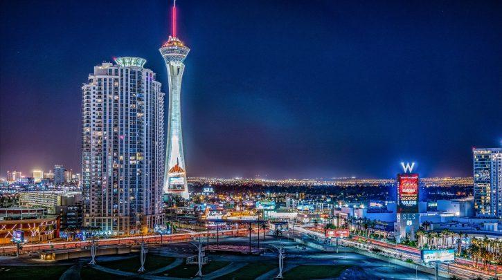 https://www.pexels.com/photo/view-of-metropolitan-area-at-night-2540653/]