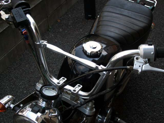 バイクのハンドル交換