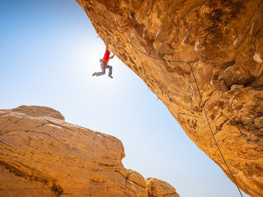 Video: Photographer Michael Clark packs the SanDisk Extreme Portable SSD on rock-climbing shoot