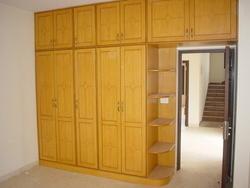 Wooden Bookshelf In Jaipur