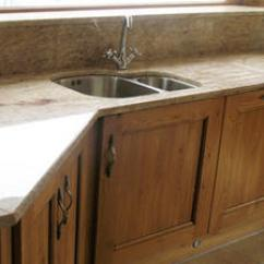 Kitchen Tops Walnut Table Granite 5 30 Mm Rs 100 Square Feet Manglam Marble