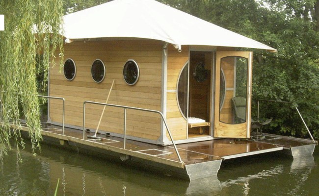 Tiny Houses Small Spaces Tiny Prefab Houseboat