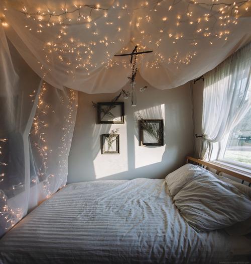christmas white vintage room