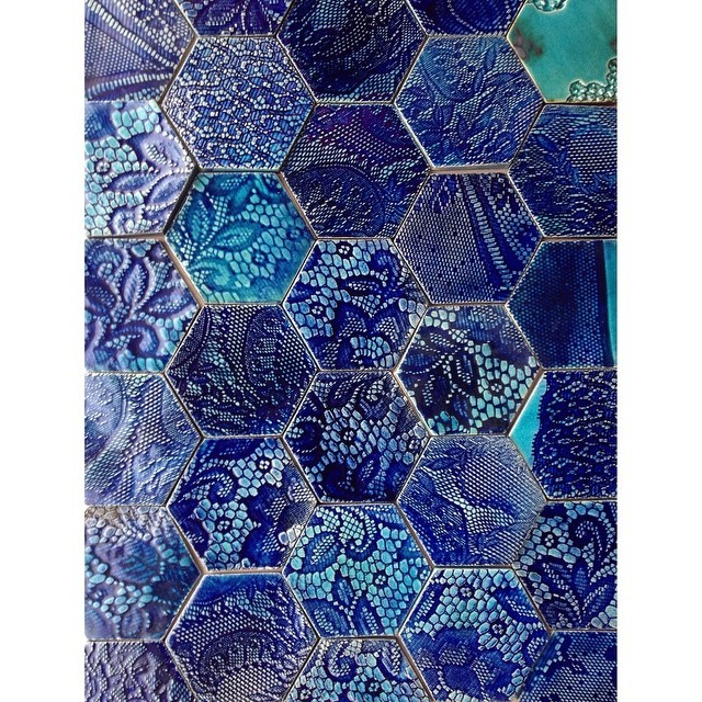 Feeling blue? #nofilter #blue #blues #handmadetiles #hexalove #hexagonals #tile #tiles #stoneware #cobalt #wall #decor #interior #interiors #design #guymitchelldesign #guymitchellart #beautiful #pattern #unique