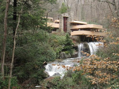 casa sulla cascata  Tumblr
