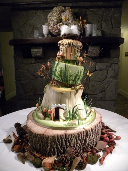 lord of the rings wedding cake  Tumblr
