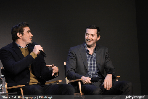http://jollytr.tumblr.com/post/104978721490/actors-lee-pace-l-and-richard-armitage-attend