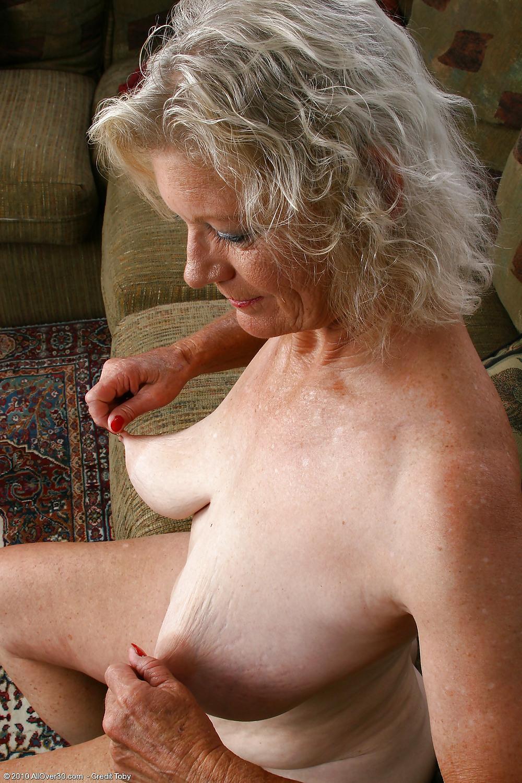 Granny Long Saggy Tits-6287