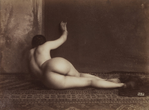 inneroptics:  Unknown Photographer, , 1870  Perfection 1870