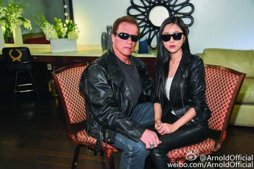 Arnold Schwarzenegger joins Weibo